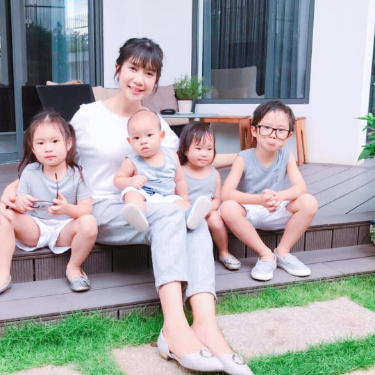 """Bí quyết Nuôi con khỏe - Mẹ nhàn tênh""""  của gia đình Lý Hải- Minh Hà"""