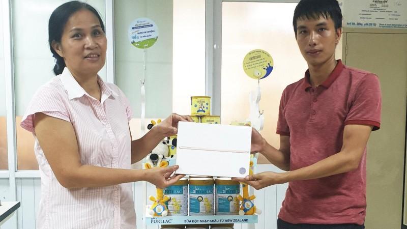Giải Nhất chương trình: Sữa xịn cho con – Xe sang cho mẹ