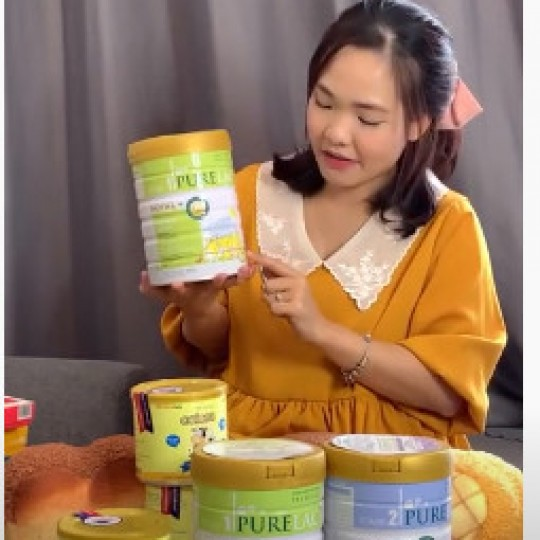 Hot Tick Tock Babykopo Home chọn PureLac và sữa non Colomi làm quà tăng cho bạn